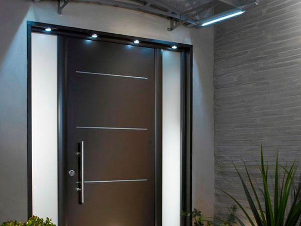 Showroom barral puertas de exterior for Puertas de exterior